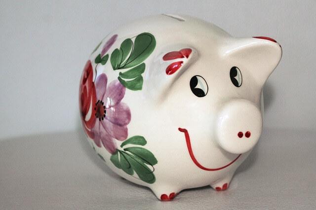 Malowana skarbonka - świnka