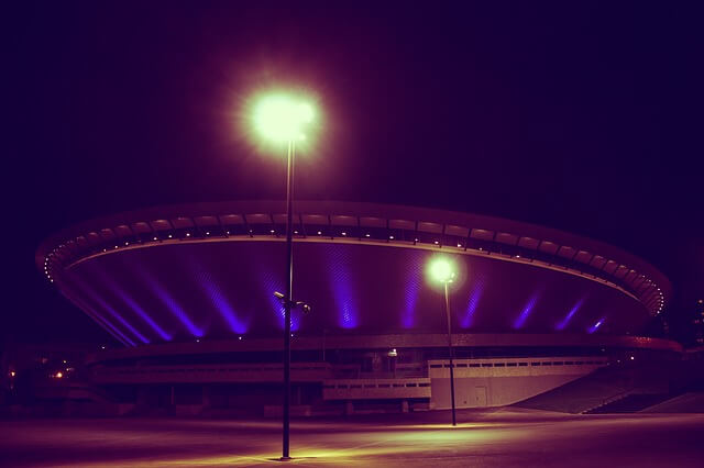 katowicki spodek nocą