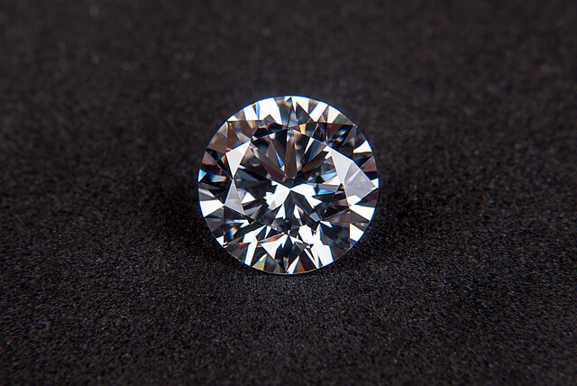 Diament – opis, historia, legendy