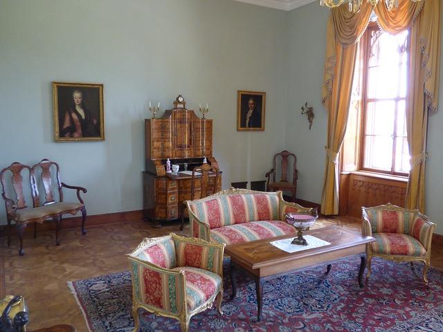 Komplety gabinetowe ozdobą kancelarii, gabinetu szefa a także biura w domu