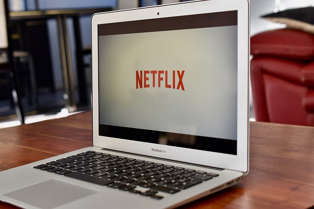 Netflix na laptopie