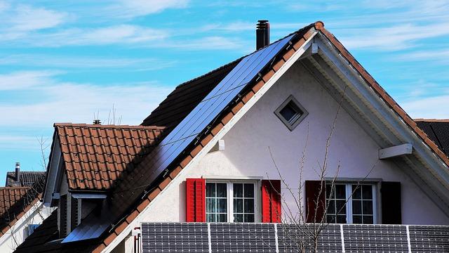 Solary, czyli co nam dają instalacje solarne?